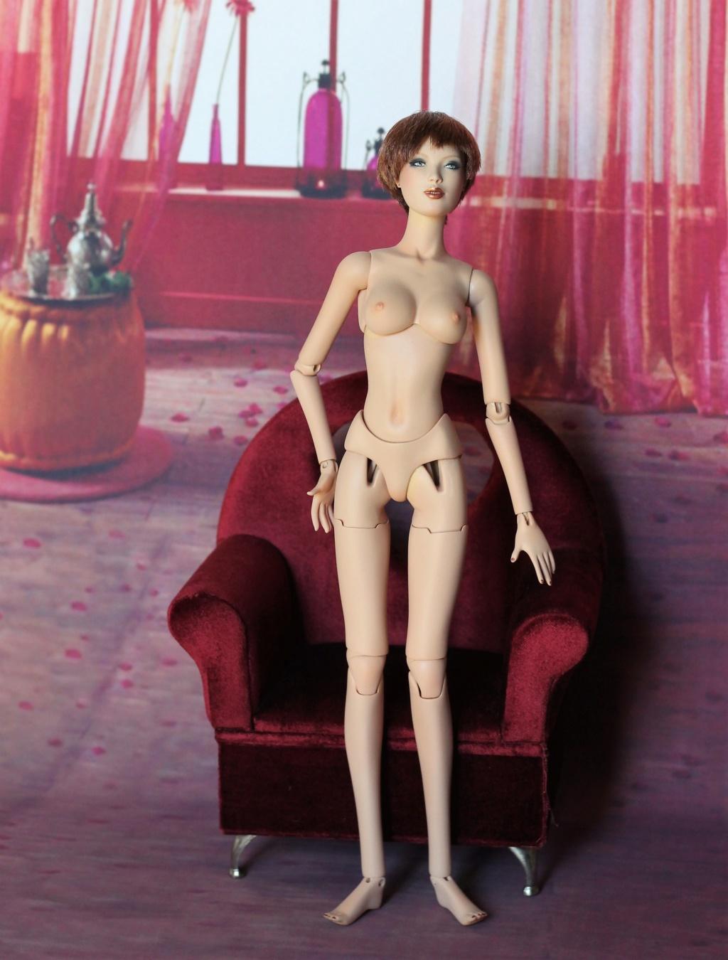 V Nicole KIDMAN de tonner + deva apsara+afrodita doll Img_1370