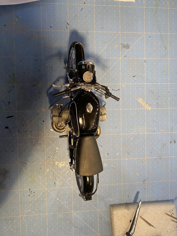 [HELLER] BMW R 60/5 gendarmerie 1/8ème Réf 52992 - Page 2 17a0bb10