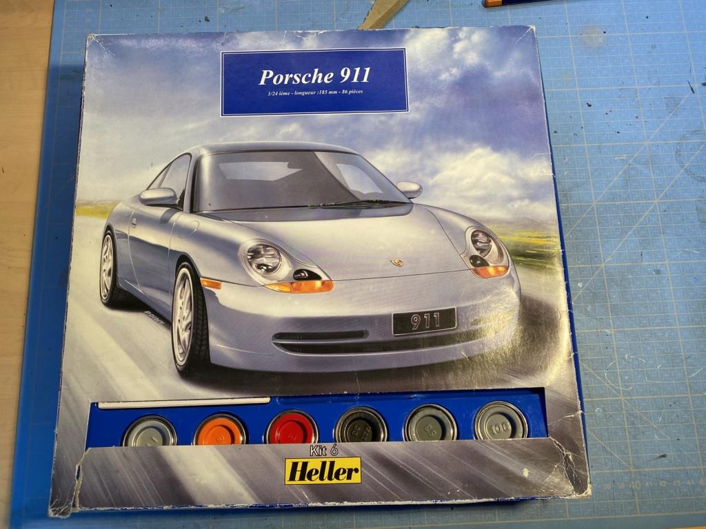PORSCHE 911 1/24ème Réf 60767 1a257c10