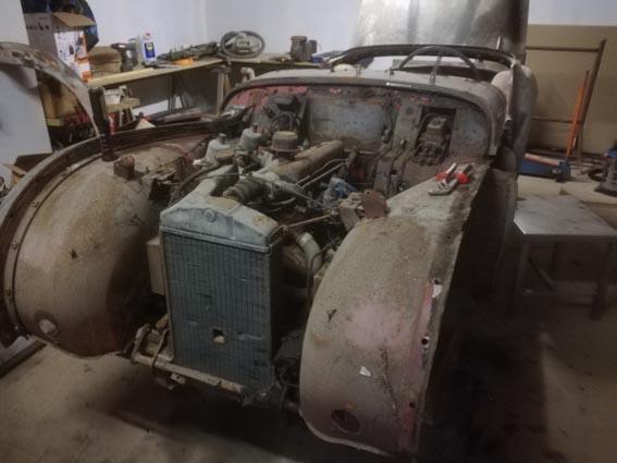 Triumph TR2 de 1954, sortie de grange...  Img_2014