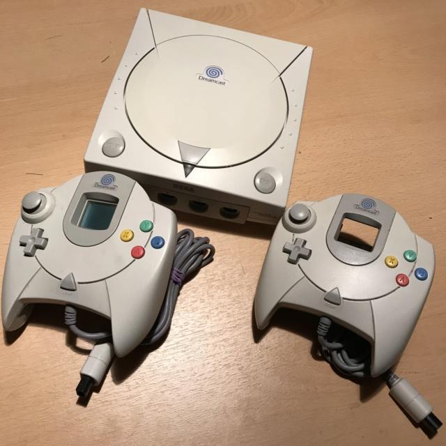 [vente] Dreamcast + Shenmue 1 et 2 +master system + jeux master system Img_7210