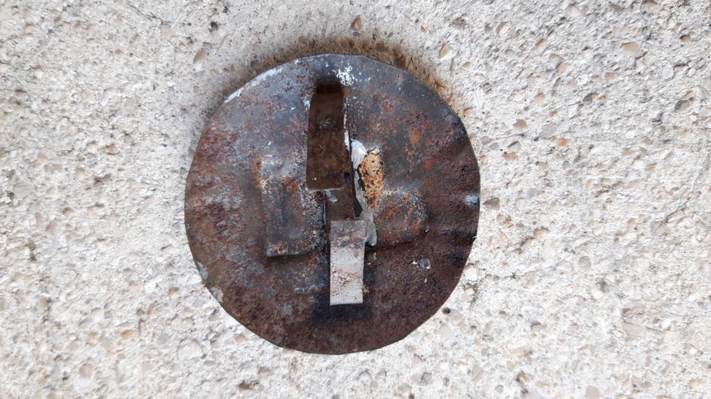 Casque Mdle 15 de la défense passive avec insigne particulier type rondache - Page 2 20191129