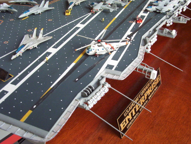 "Porte-Avions US ""Enterprise"" - Tamiya -1/350 Enterp11"