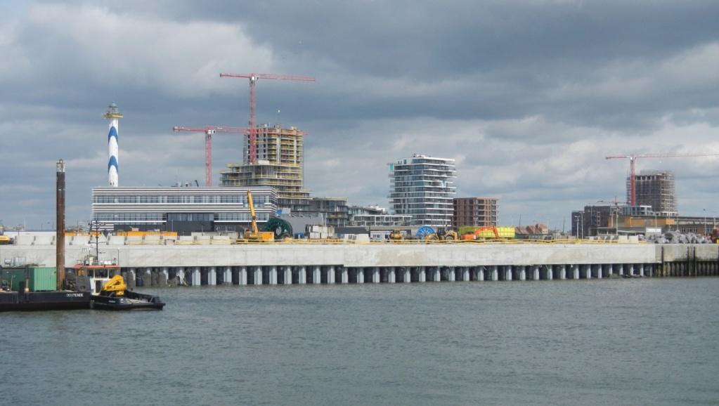 Travaux au port d'Oostende Aaa610