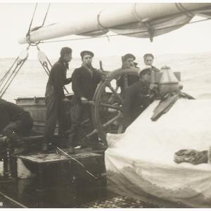 Navire école quatre mâts barque l'Avenir Aaveni13