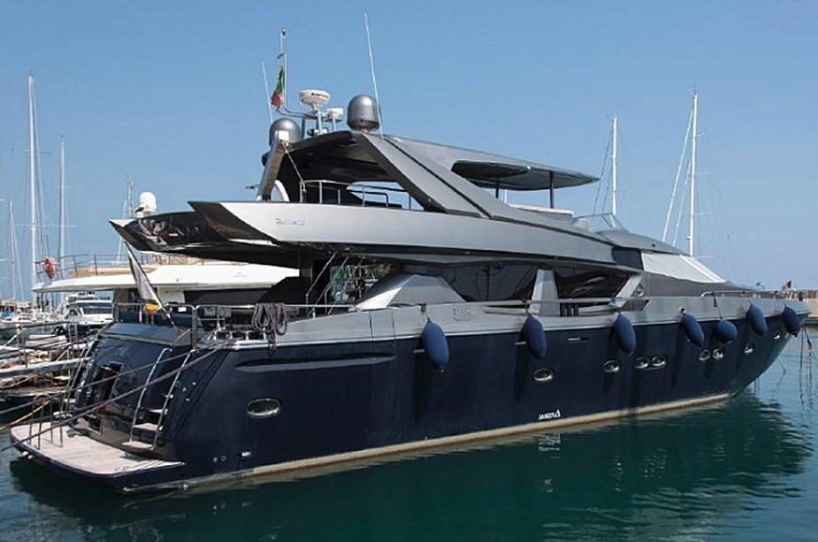 Le Yacht Royal ALPA est à vendre! - Page 7 Alpa10