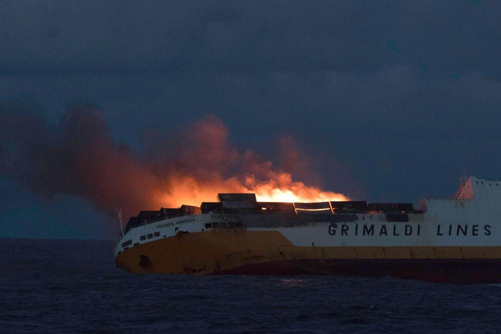 Le navire Italien « Grande America » coule ! Grimal10