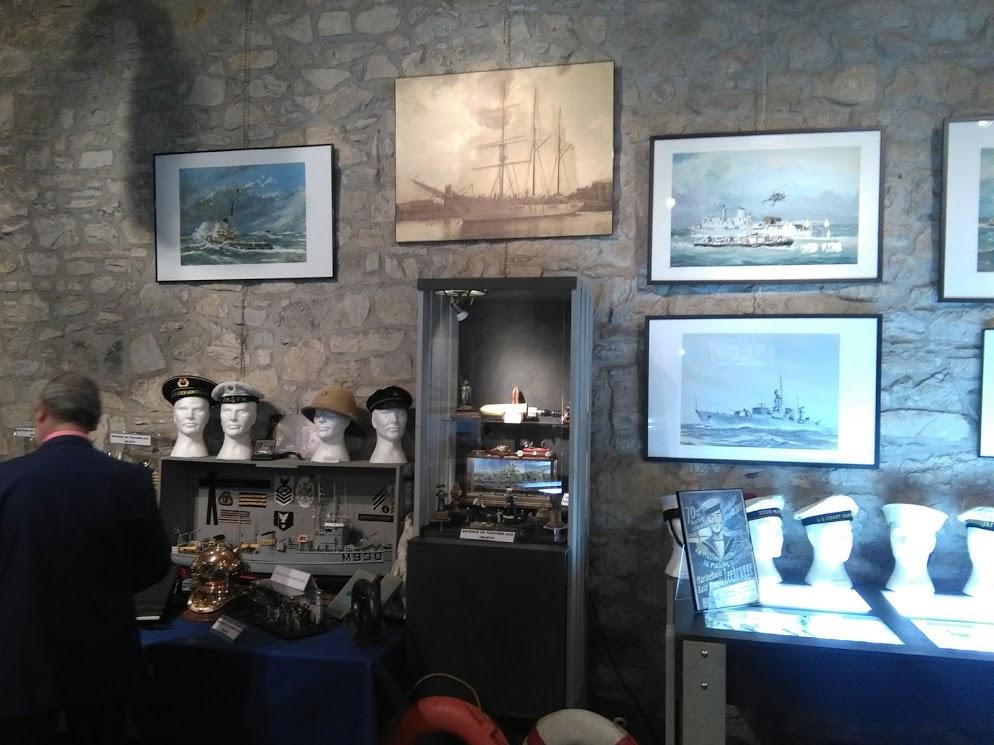 Expo peintures de la mer - Page 2 Mercat10
