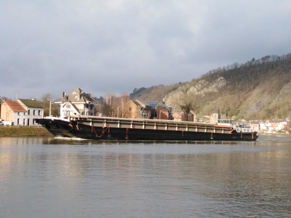 Photos des Navires Belge de la marchande,Fluviale et Pêche 3 - Page 4 Pzonic43