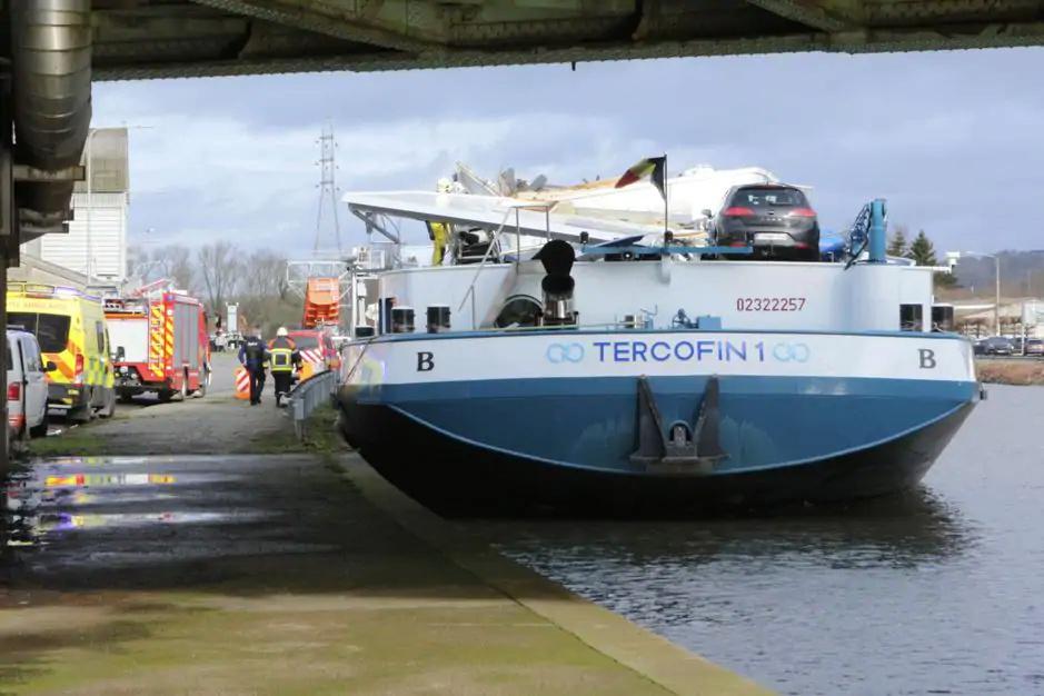Photos des Navires Belge de la marchande,Fluviale et Pêche 3 - Page 4 Pzonic45