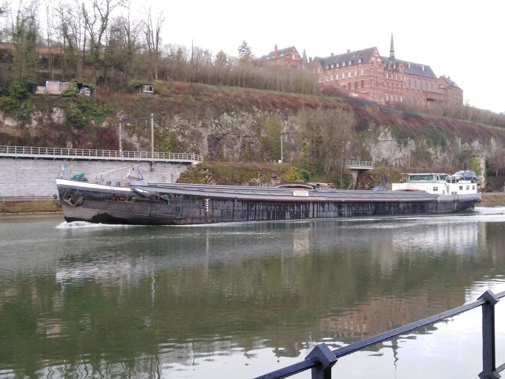 Photos des Navires Belge de la marchande,Fluviale et Pêche 3 - Page 4 Pzonic46