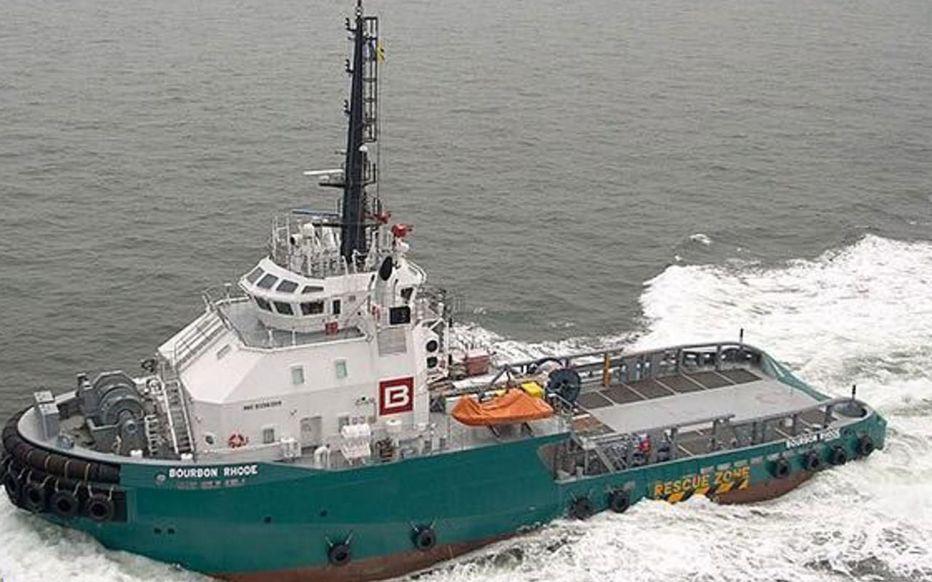 Remorqueur Bourbon Rhode à coulé en Atlantique Remorq11
