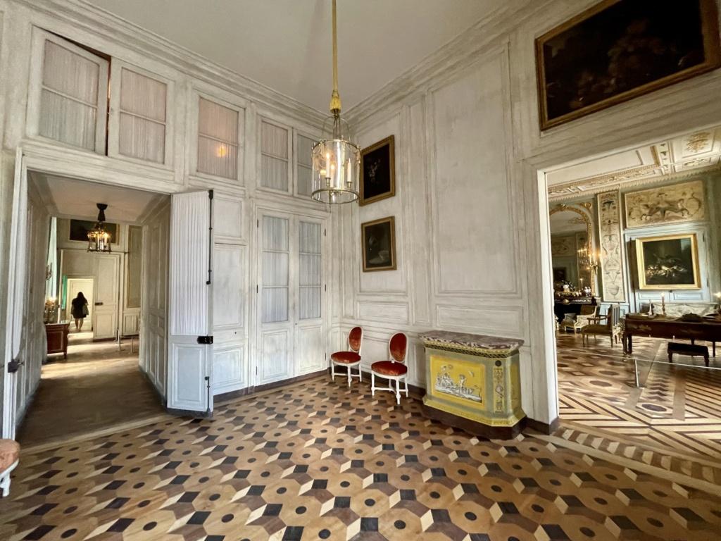 Le Garde-Meuble de la Couronne, actuel Hôtel de la Marine - Page 4 00ef3410