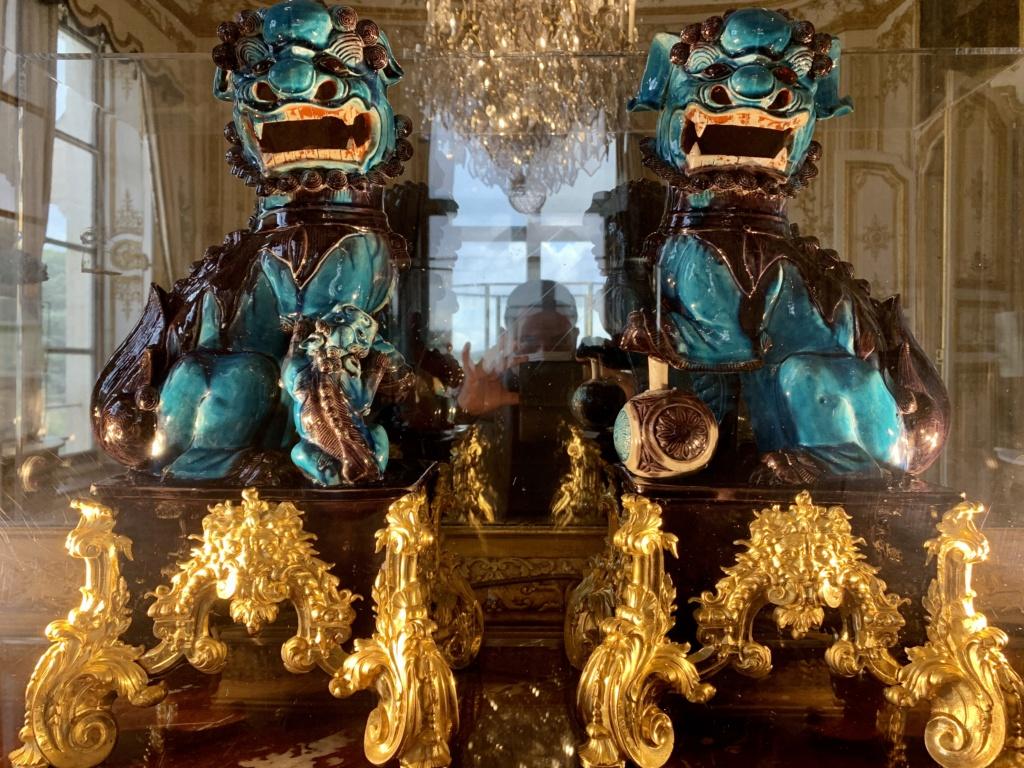"""Chantilly : Exposition """"La fabrique de l'extravagance"""", porcelaines de Meissen et de Chantilly  02e97010"""