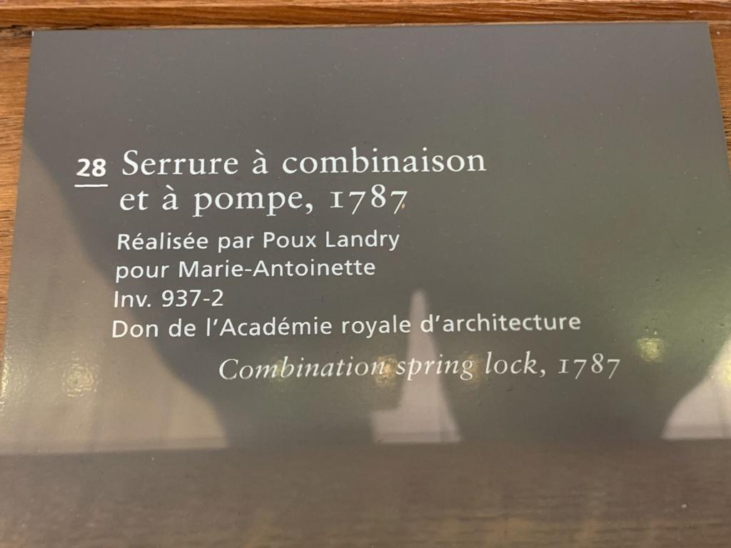 Le monogramme ou chiffre de Marie-Antoinette - Page 5 04583810