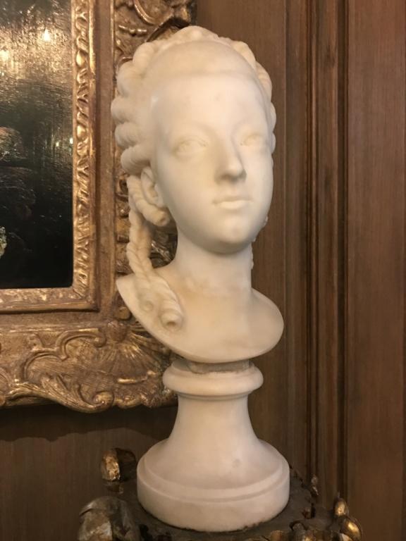Buste de Marie-Antoinette sur piédestal dynastique, musée Cognacq Jay 06563f10