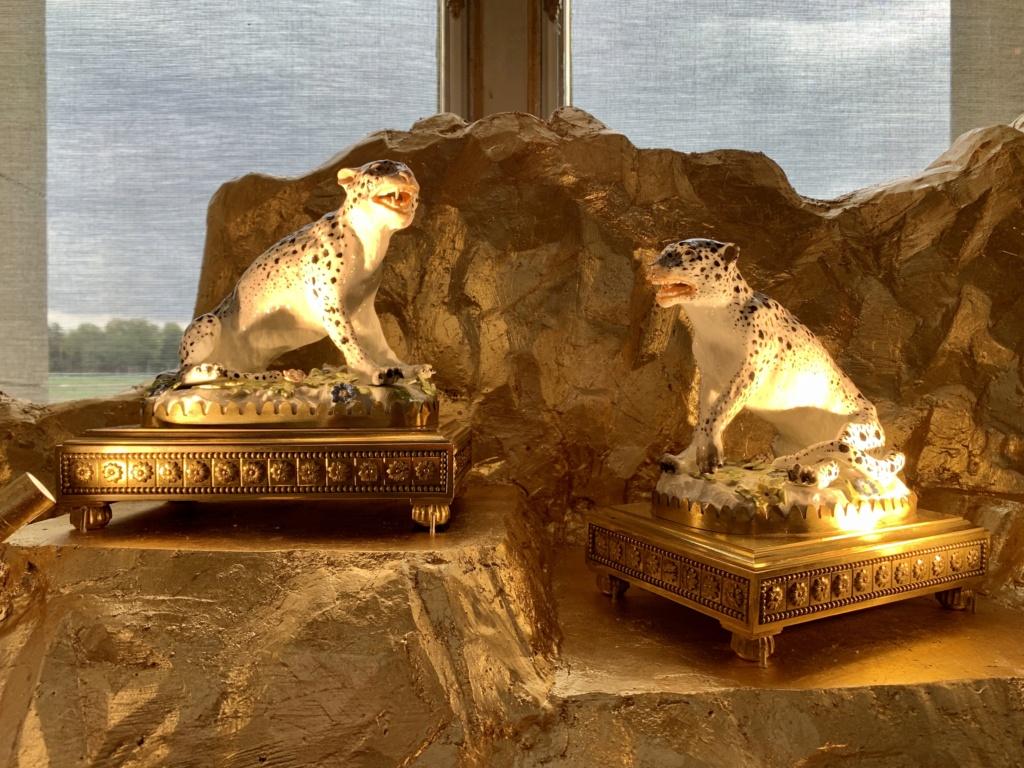 """Chantilly : Exposition """"La fabrique de l'extravagance"""", porcelaines de Meissen et de Chantilly  08218410"""