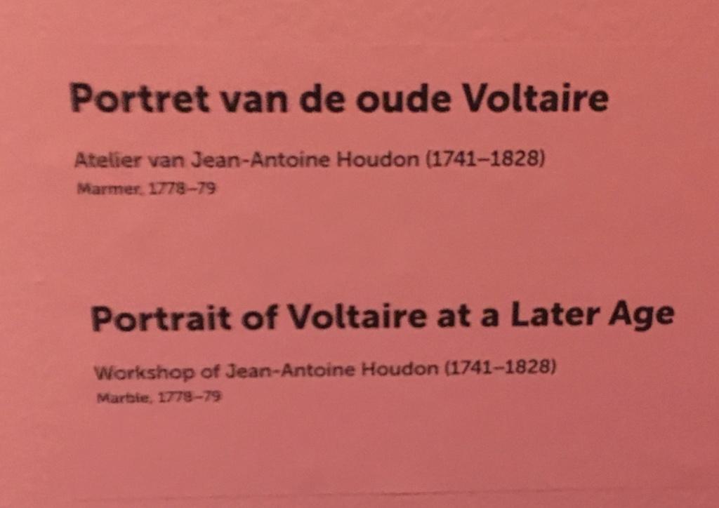 Catherine II  achète la bibliothèque de Voltaire 21b68010