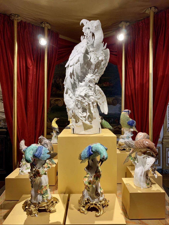 """Chantilly : Exposition """"La fabrique de l'extravagance"""", porcelaines de Meissen et de Chantilly  5968a810"""