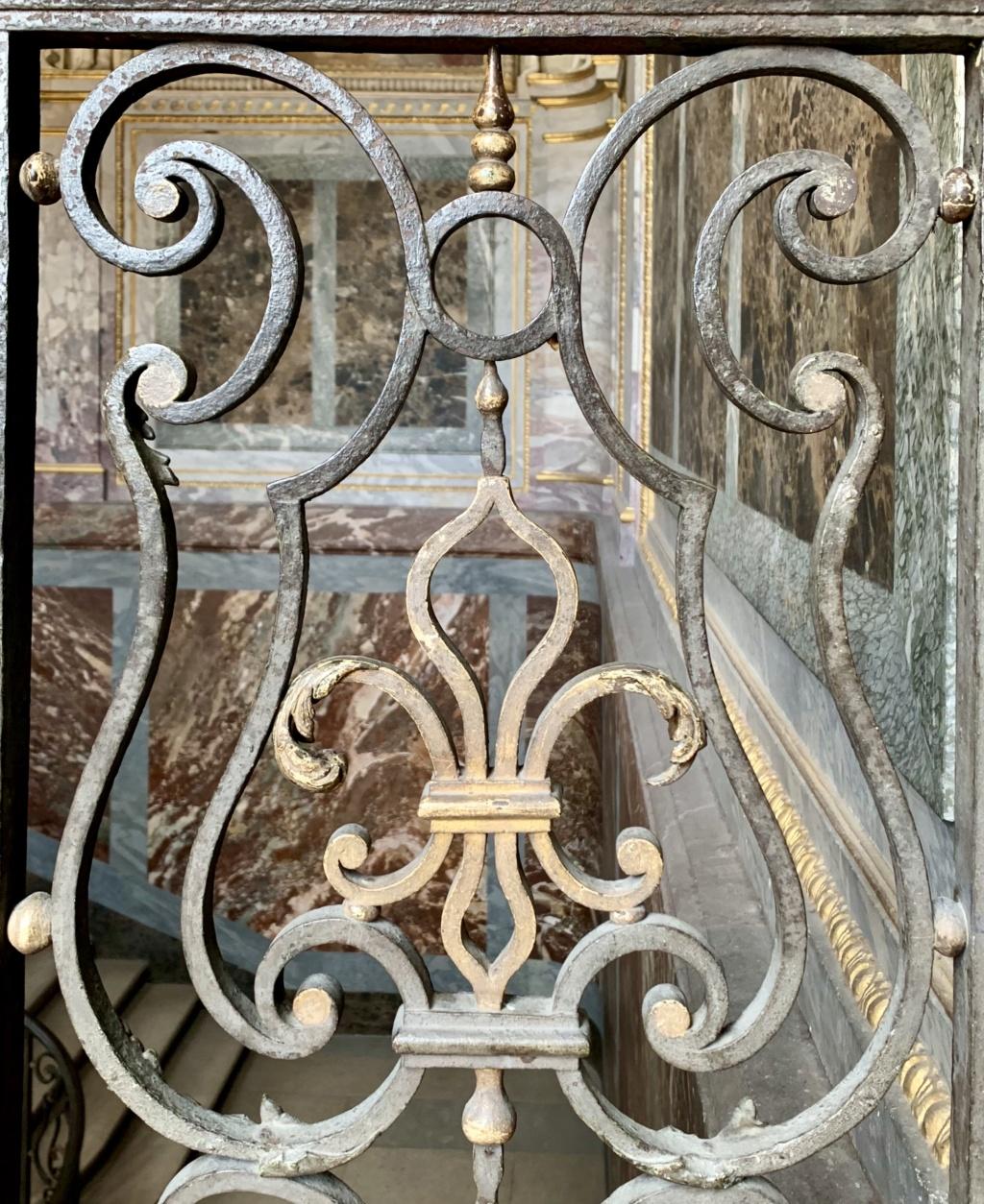 Fontainebleau, les appartements royaux - Page 2 5ef68a10