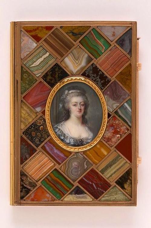 Neuber, orfèvre de la Cour de Saxe 61c9e710