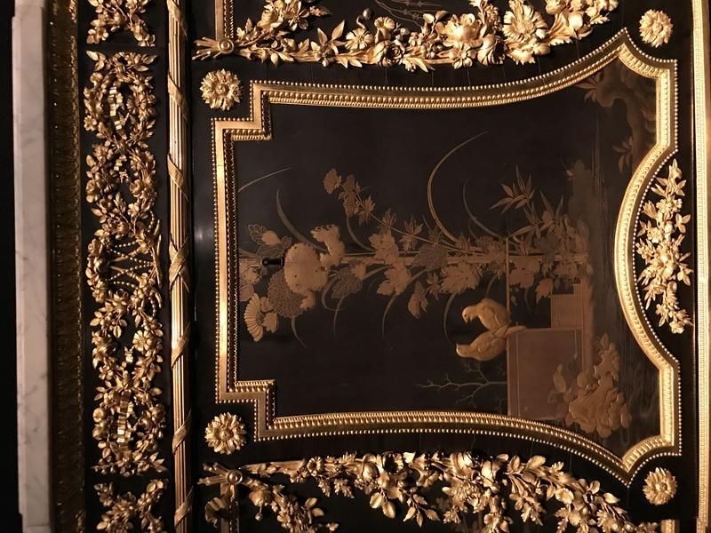 Chinoiseries et meubles de Marie-Antoinette : par Weisweiler, Macret et Riesener - Page 2 62dcc210
