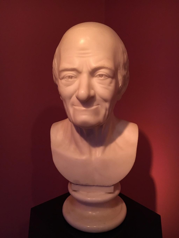 Le Siècle de Louis XIV, Voltaire historien de la modernité 71158810