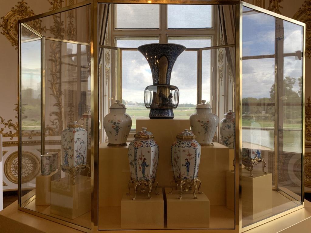 """Chantilly : Exposition """"La fabrique de l'extravagance"""", porcelaines de Meissen et de Chantilly  714e5110"""
