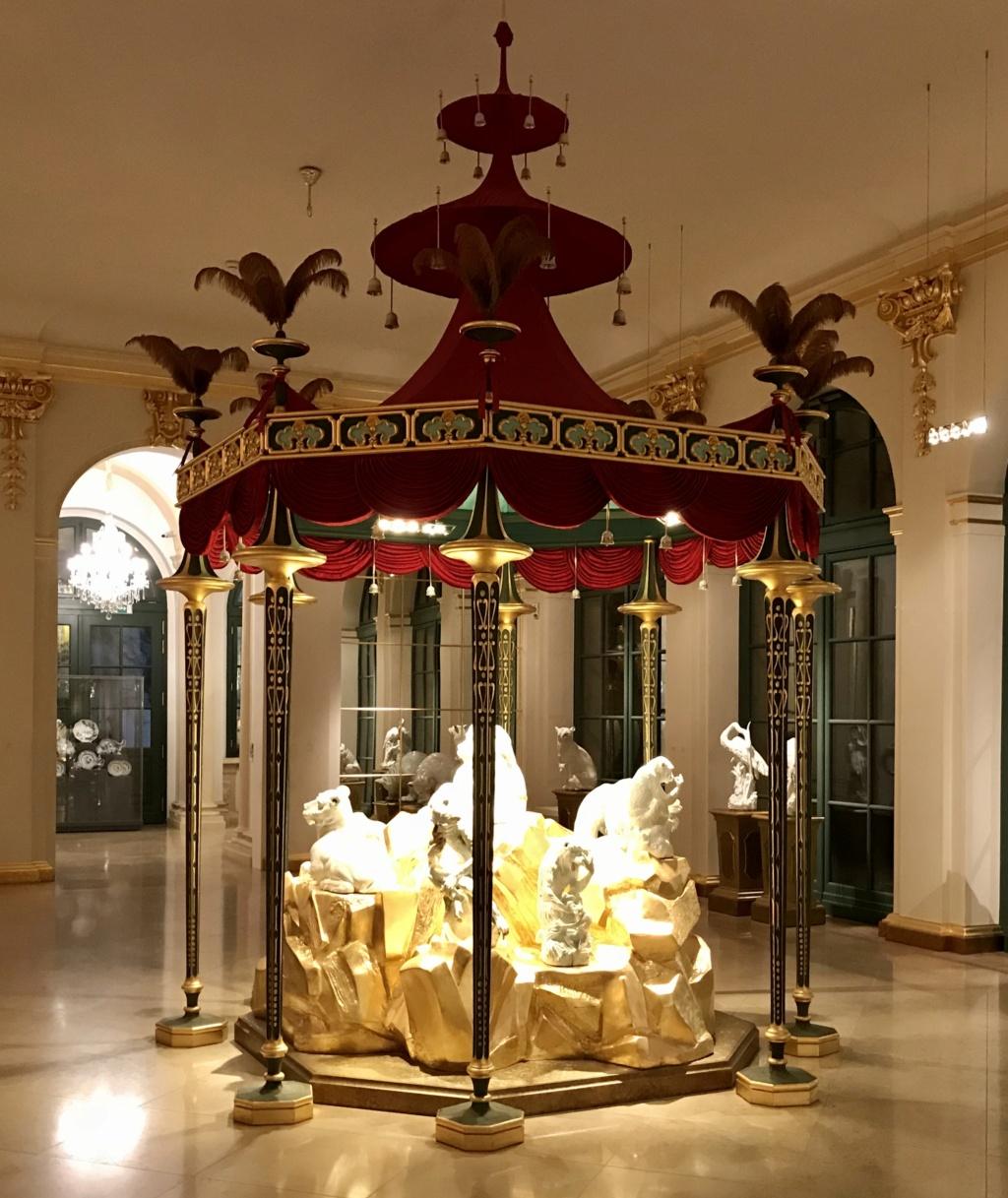 """Chantilly : Exposition """"La fabrique de l'extravagance"""", porcelaines de Meissen et de Chantilly  78a54610"""