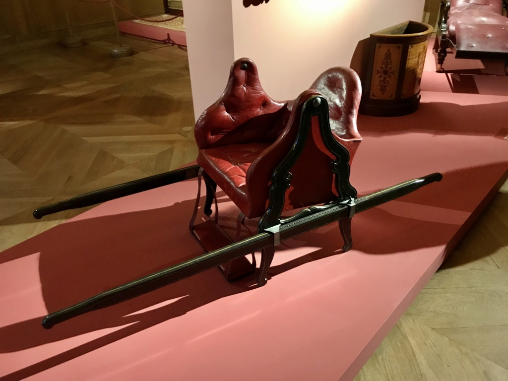 "La  ""chaise volante"" de Versailles 7f614910"
