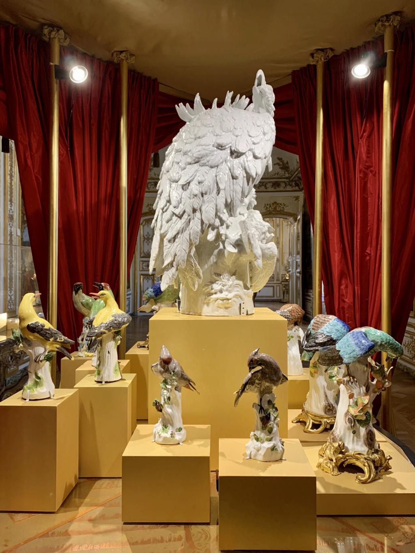 """Chantilly : Exposition """"La fabrique de l'extravagance"""", porcelaines de Meissen et de Chantilly  94314110"""