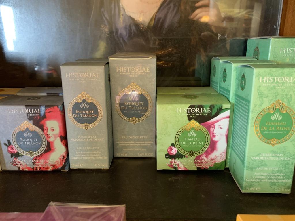 Les parfums inspirés par Marie-Antoinette - Page 3 B3a11110