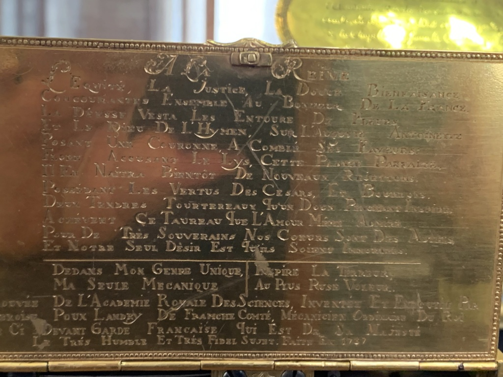 Le monogramme ou chiffre de Marie-Antoinette - Page 5 B5dee710