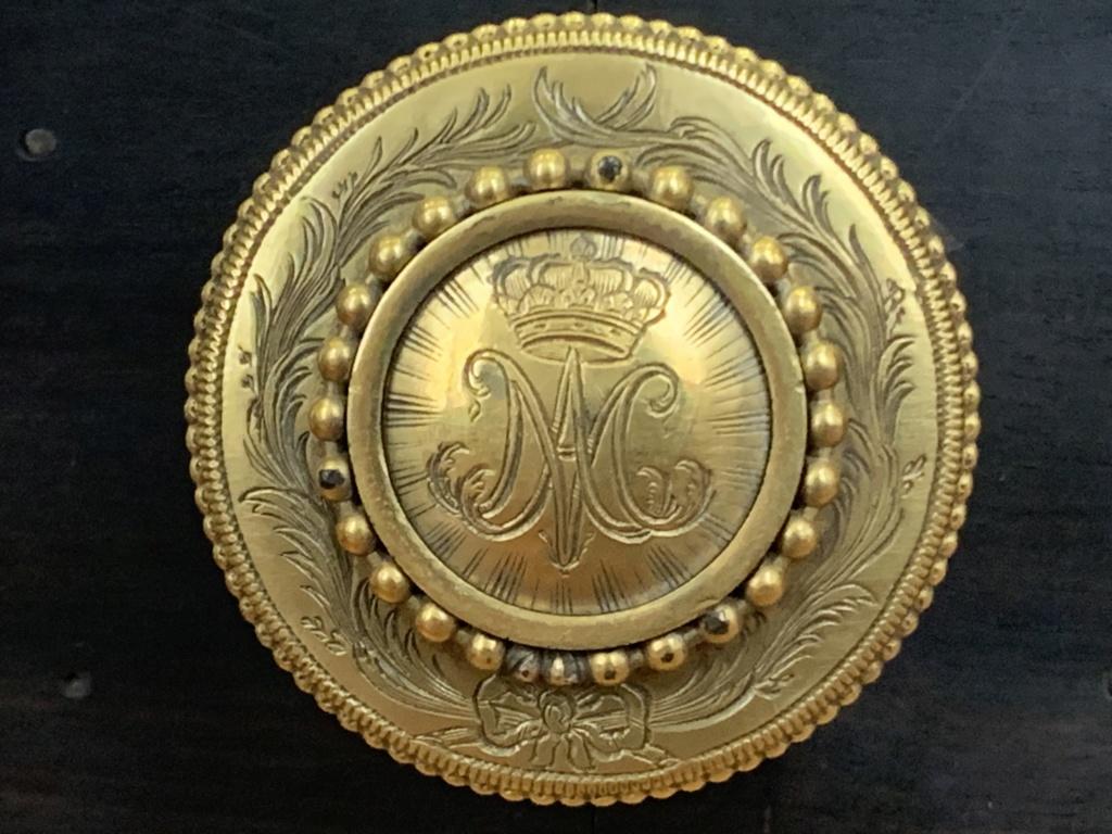Le monogramme ou chiffre de Marie-Antoinette - Page 5 Bbf2d310