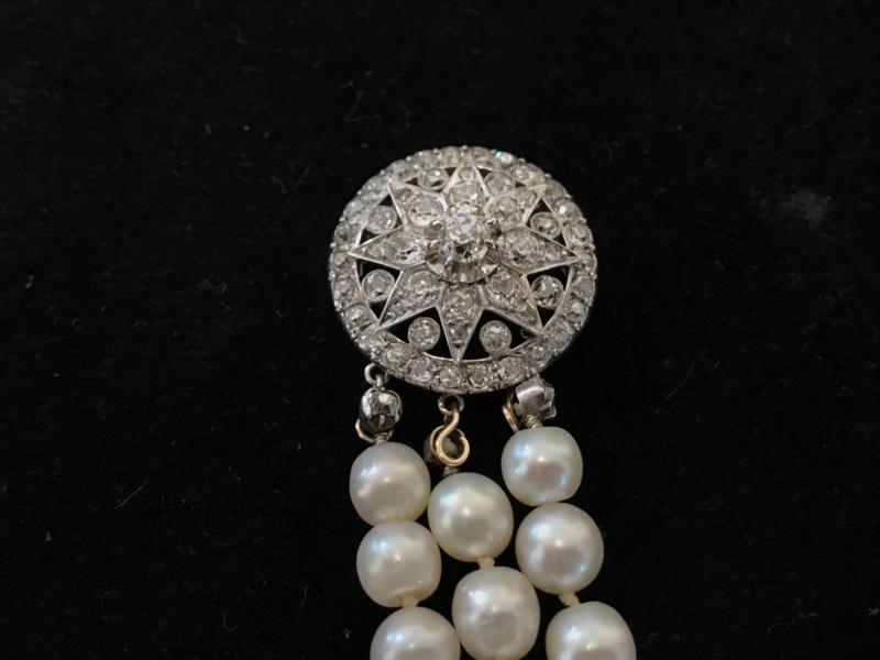 Bijoux de Marie-Antoinette : perles et diamants des Bourbon-Parme - Page 3 C19d1010