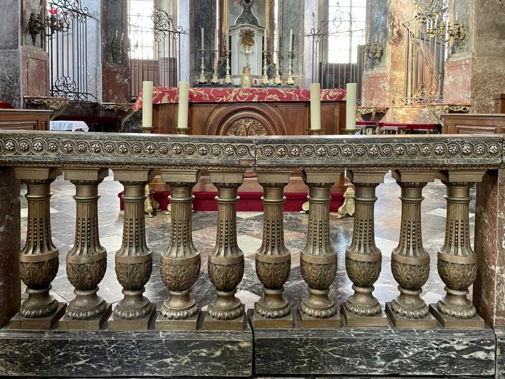 Mobilier royal à l'église St Jacques de Compiègne  Ca4bf610