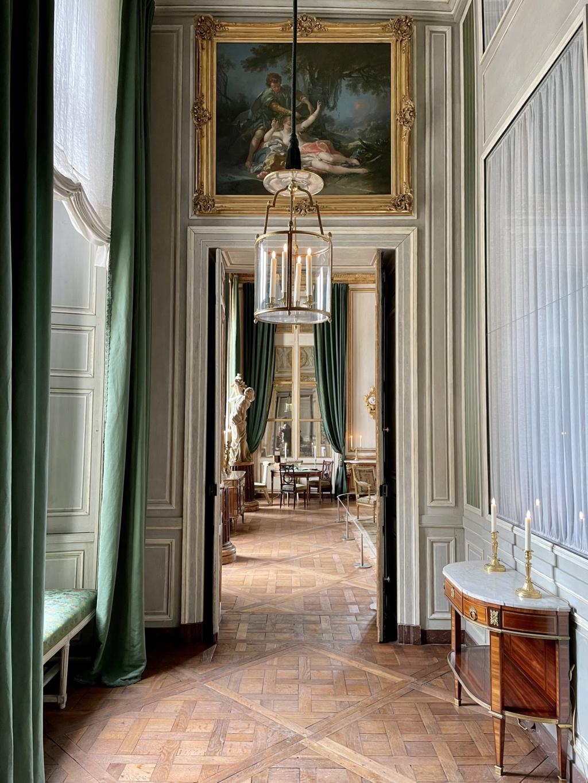 Le Garde-Meuble de la Couronne, actuel Hôtel de la Marine - Page 4 D07af210