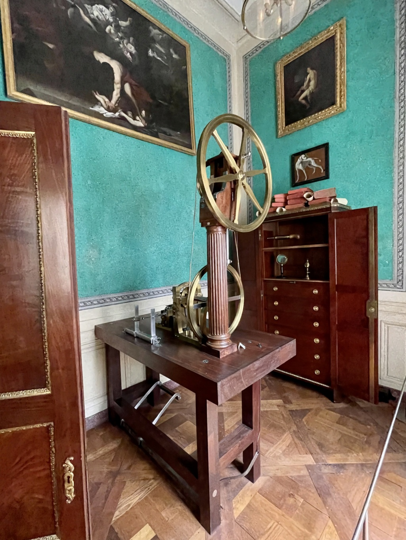 Le Garde-Meuble de la Couronne, actuel Hôtel de la Marine - Page 4 D1346110