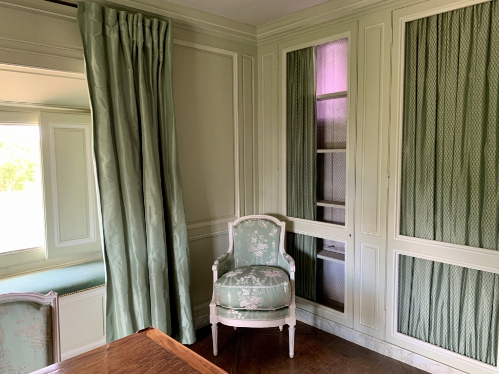 L'attique du Petit Trianon Dd649c10