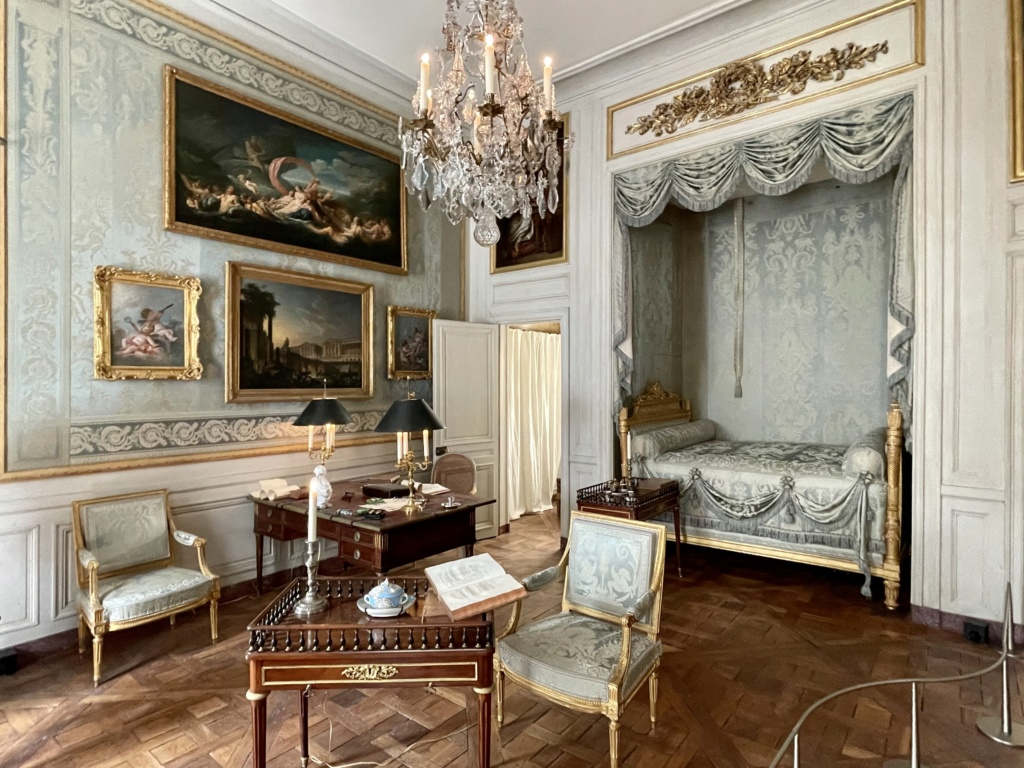 Le Garde-Meuble de la Couronne, actuel Hôtel de la Marine - Page 4 F5145c10