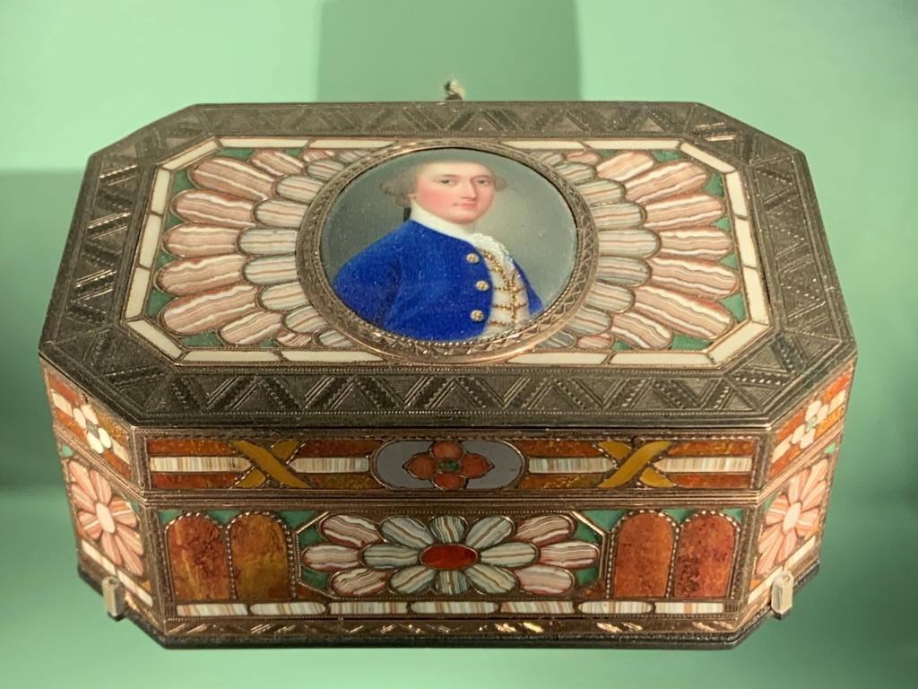 Neuber, orfèvre de la Cour de Saxe Img_3139