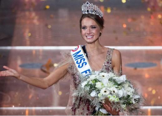 Amandine Petit, Miss Normandie, est élue Miss France 2021 Captur11