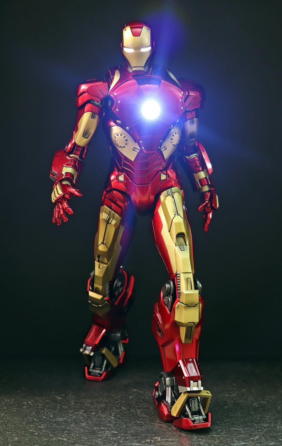 Iron Man 3 - Mark X / Mark 10 1/9 Diecast (King Arts) 00523711