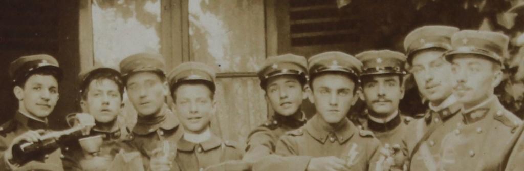 identification photo soldat avec étoile sur képi Img_0811