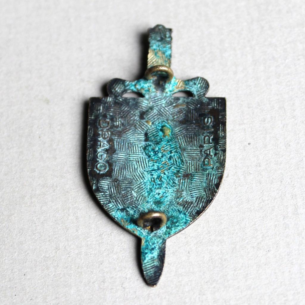 insigne épée 3 anneaux bleu blanc rouge Img_2812