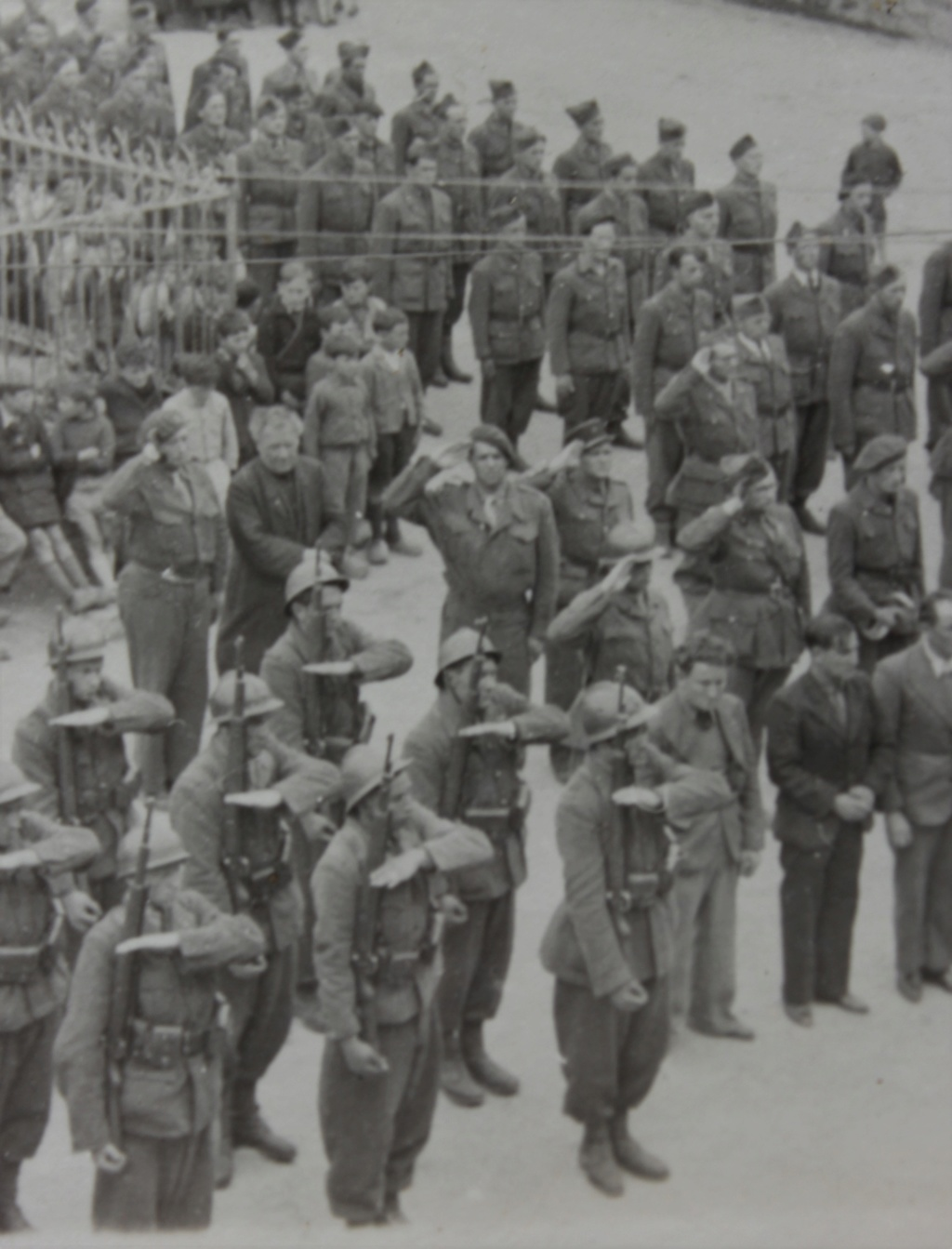 carte photo Yverdon armistice 14-18 Img_3610
