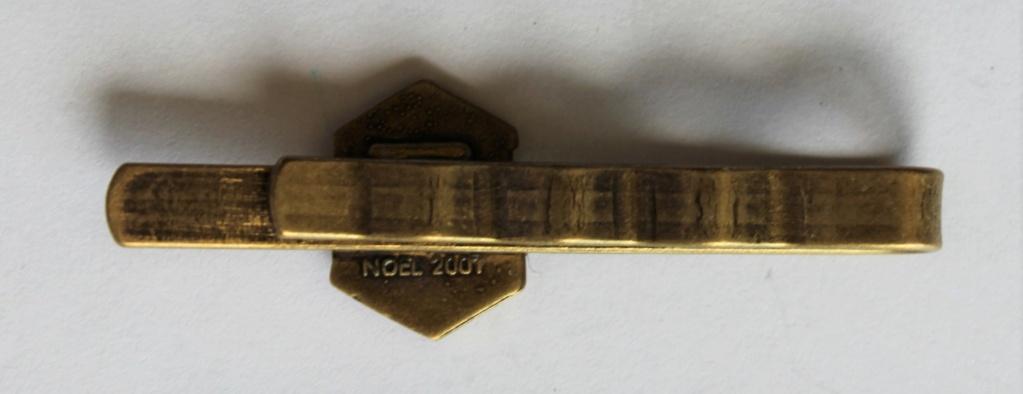2 insignes à identifier Img_4413