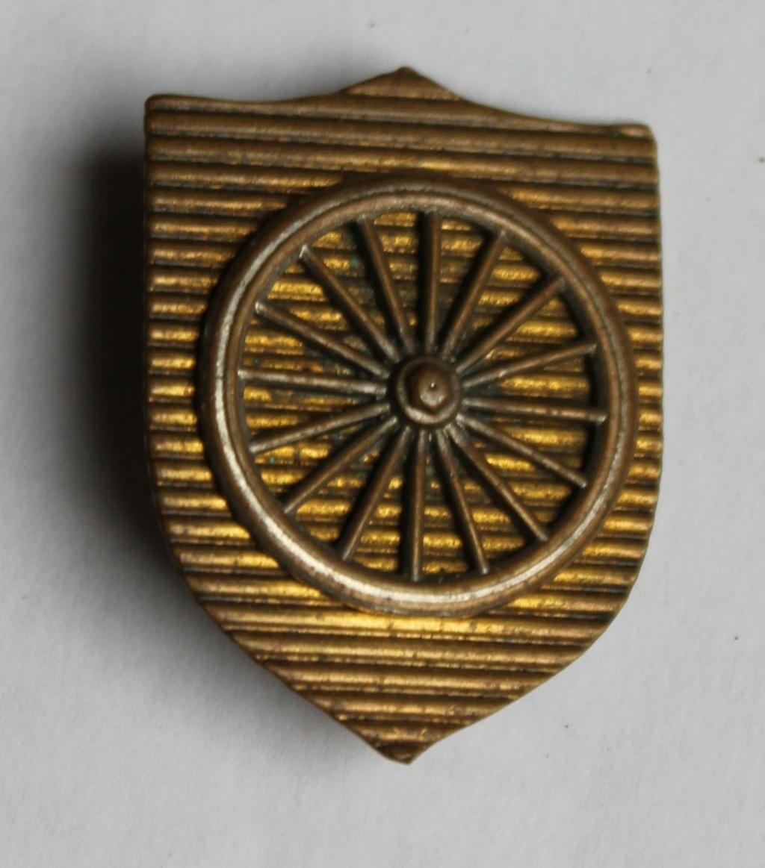 insigne à identifier roue militaire ?? Img_6213