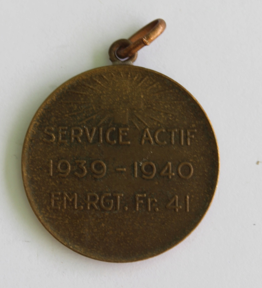 médaille WW2 Tenir service actif 1939-1940 Img_6810