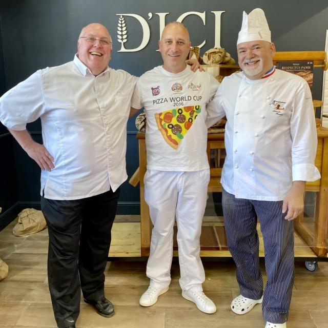 Jobi Pizza en stage 3 jours dans une boulangerie  85f83010